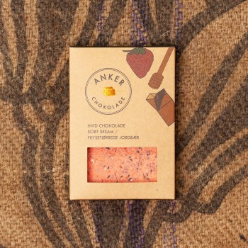 100gr Plade - Hvid chokolade / sort sesam / frysetørrede jordbær